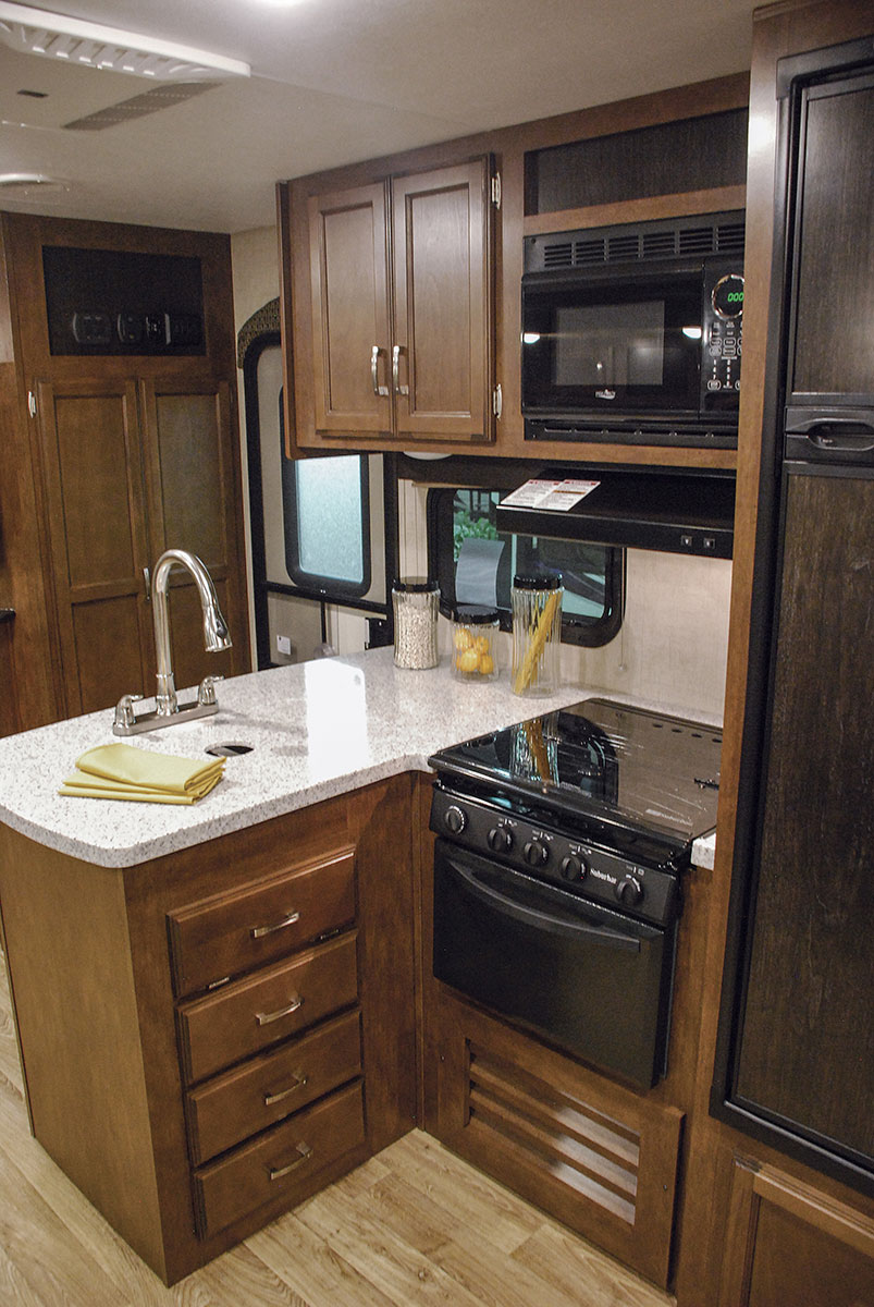 ... 2017 Venture RV SportTrek Touring Edition STT343VBH Travel Trailer  Kitchen Cabinets ...