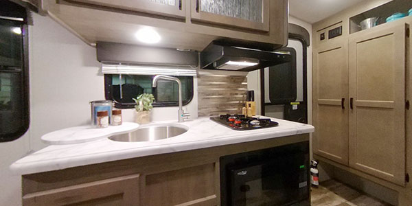 2020 Venture RV Sonic Lite SL150VRK Travel Trailer Interior 360