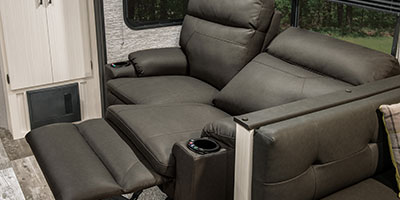 2020 Venture RV Stratus SR281VBH Travel Trailer Theater Seating Right Reclined